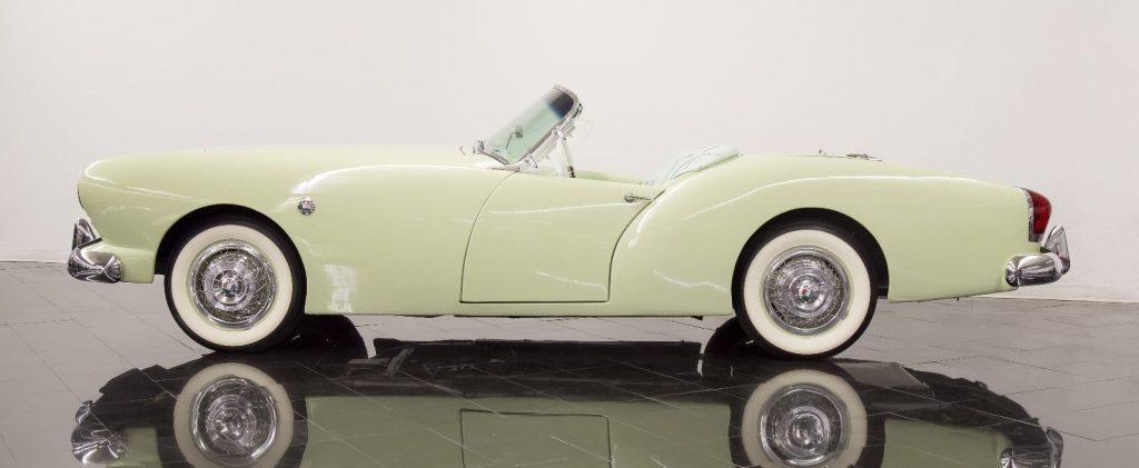 1953 Kaiser Darrin
