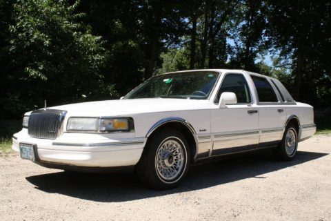 1997 Lincoln Town Car for sale