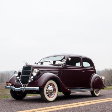 1935 Ford Tudor Deluxe for sale