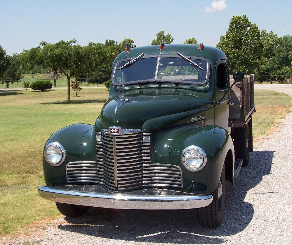 1947 International Harvester KB2
