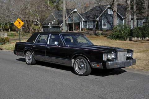 1987 Lincoln Town Car for sale