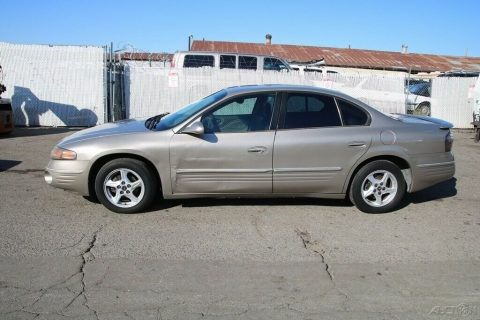 2001 Pontiac Bonneville SE for sale