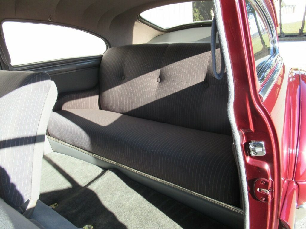 1947 Buick Super Sedanette