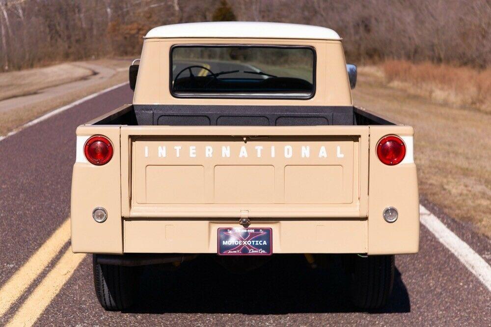 1968 International Harvester Travelette