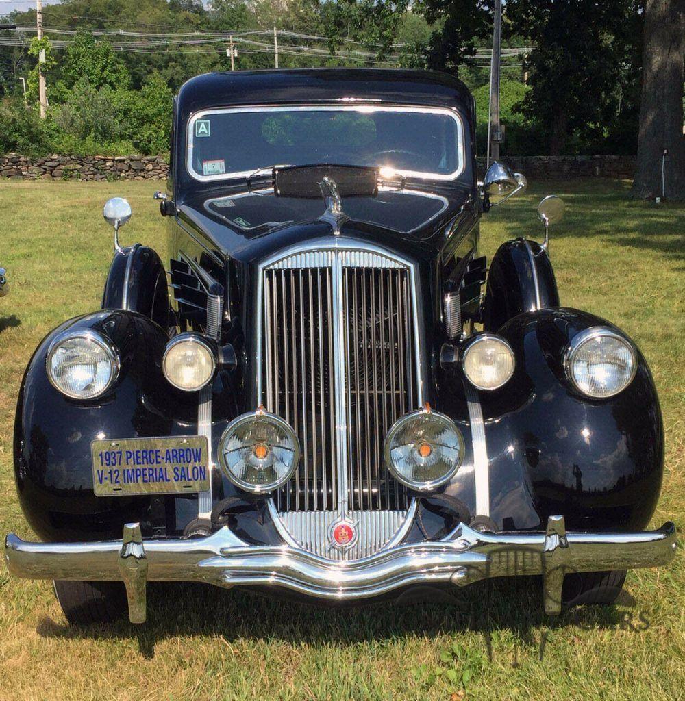 1937 Pierce-Arrow 12