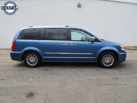 2011 Chrysler Town & Country for sale
