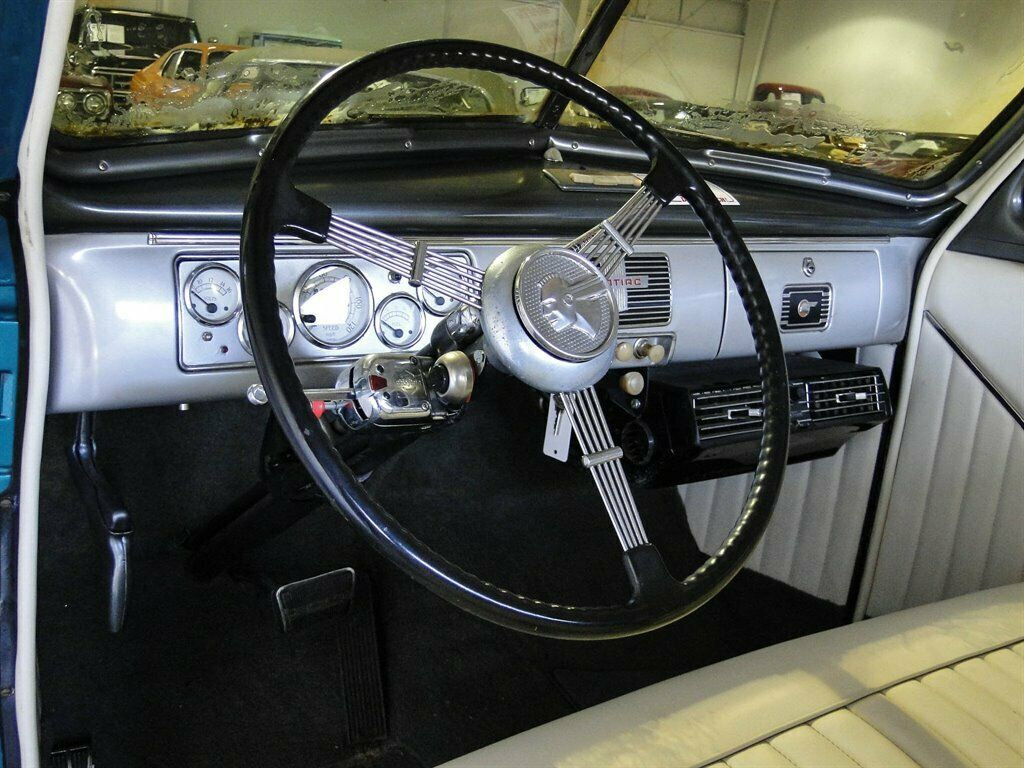 1939 Pontiac Business Coupe