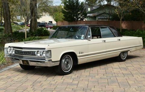 1967 Imperial Crown for sale