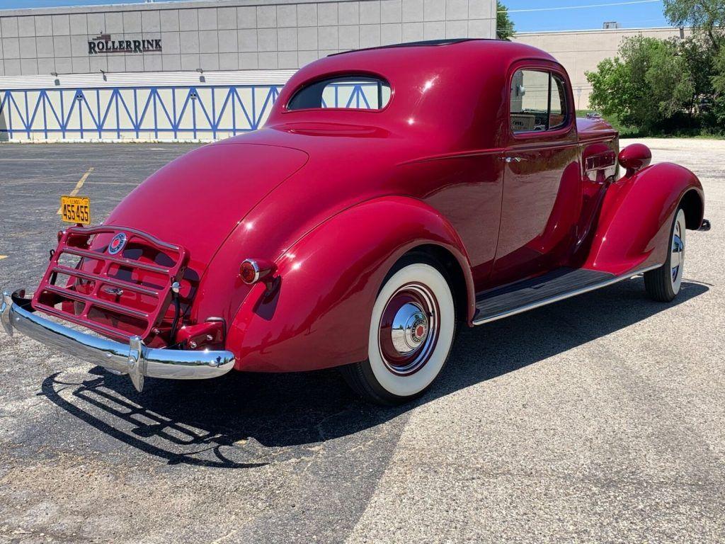 1937 Packard 112