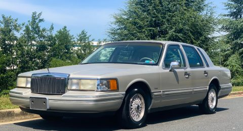 1992 Lincoln Town Car for sale