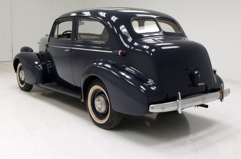 1938 Oldsmobile Touring Sedan