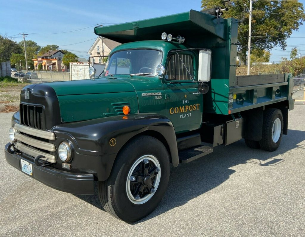1963 International Harvester R-185