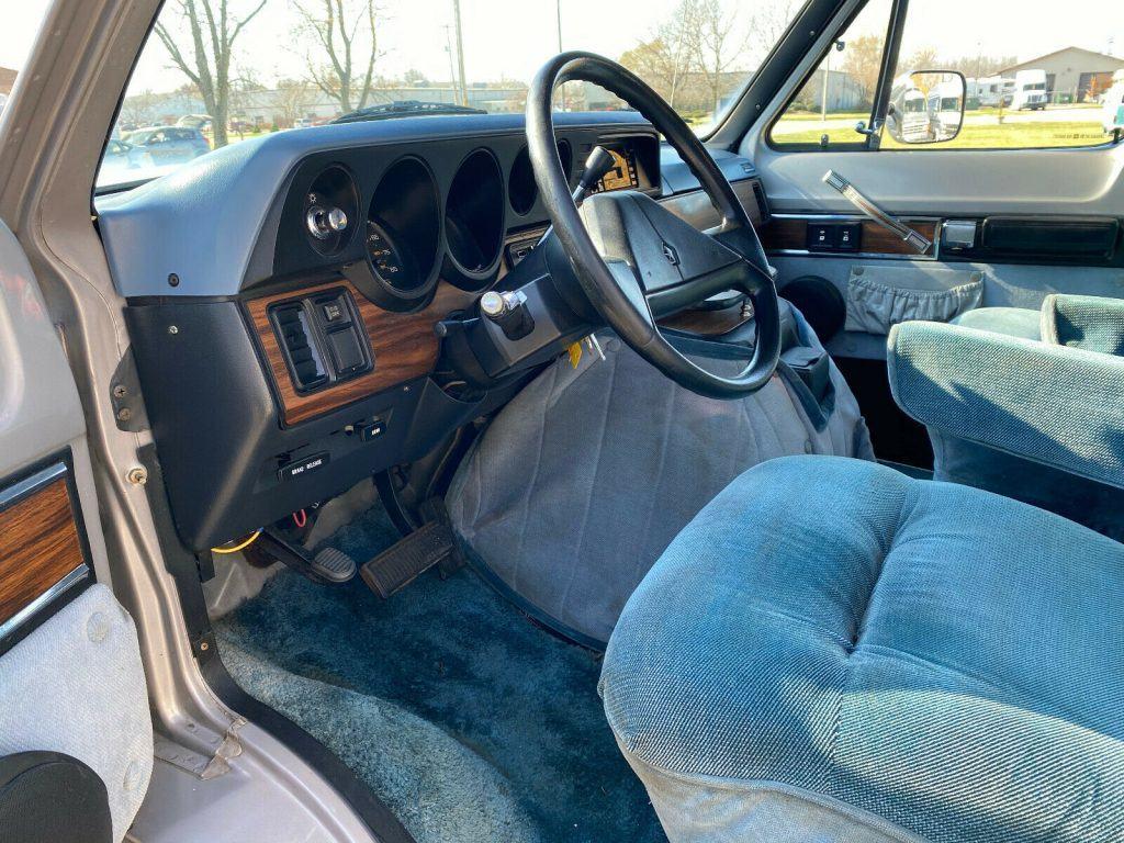1989 Dodge B250