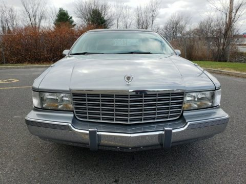 1994 Cadillac Fleetwood for sale