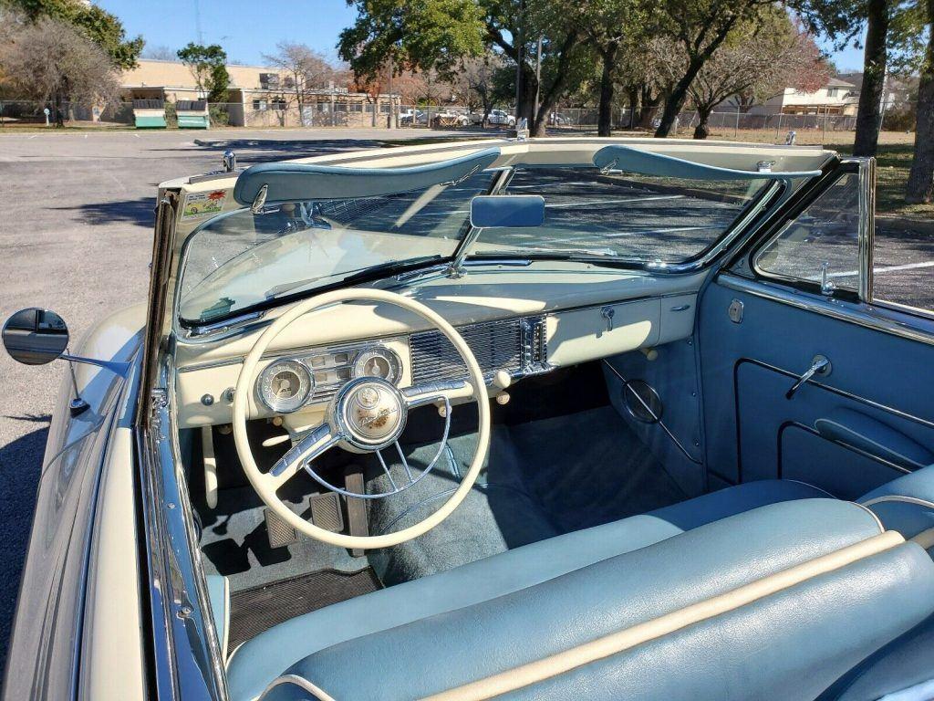 1948 Packard Victoria